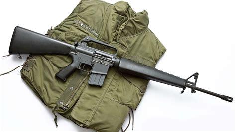 Us M16 Assault Rifle