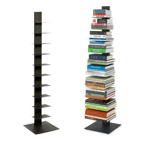 Vertical bookcases Image