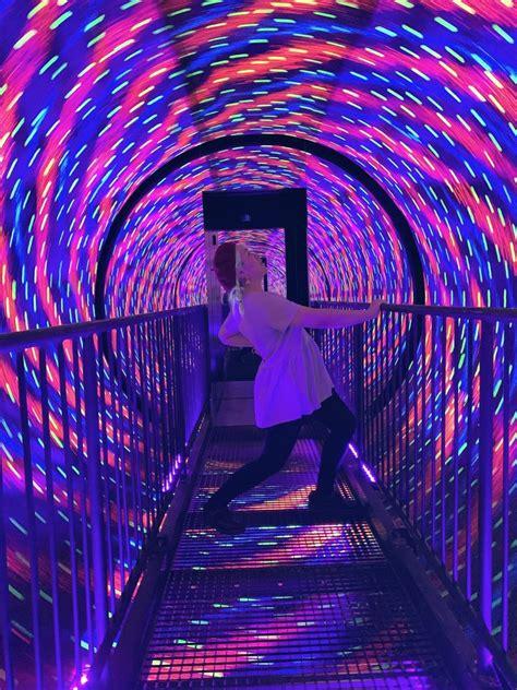 Vortex Tunnel Illusion