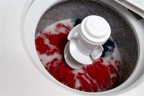 Waschmaschine Verliert Wasser Unter Der Maschine