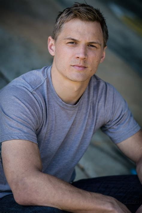 What Actor Played Remington Steele
