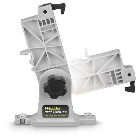 What Ammo Can You Shoot Out Of A Ar15 Magwell