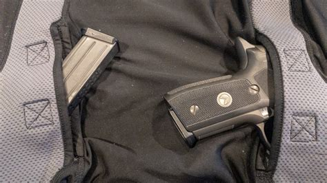 What Is The Best Way To Conceal Carry A Handgun