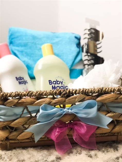 What Gift To Give Parents At Baby Gender Reveal Party