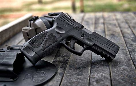 What To Look For In A 9mm Handgun