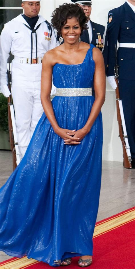 What dress did michelle wear to the dinner Image