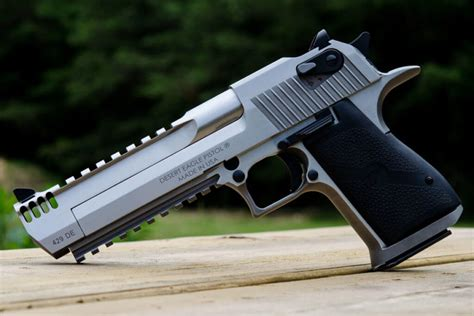 Desert-Eagle When Was The Desert Eagle Invented.