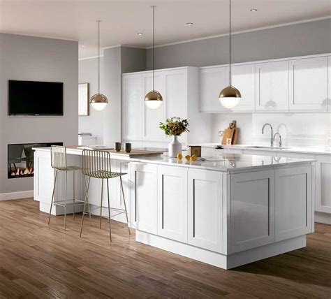 White Kitchen Idea Colour Schemes