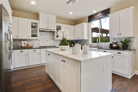 White Shaker Kitchen Cabinets Dark Wood Floors