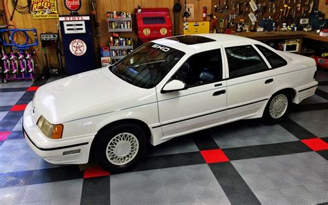 Taurus-Question Who Wants To Buy A 1990 Ford Taurus Sho.