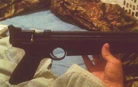 Why Dd Nick Cruz Have A N Assault Rifle