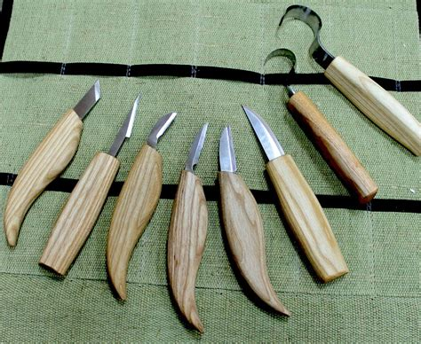 wood whittling tools Image