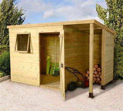 Wood store shed Image