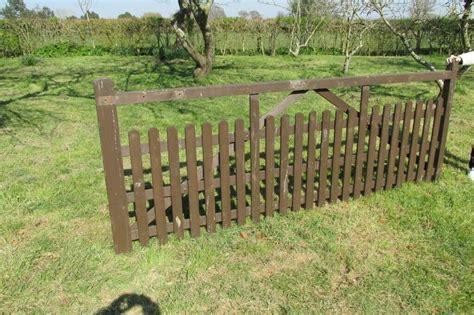 Wooden garden gates yeovil Image