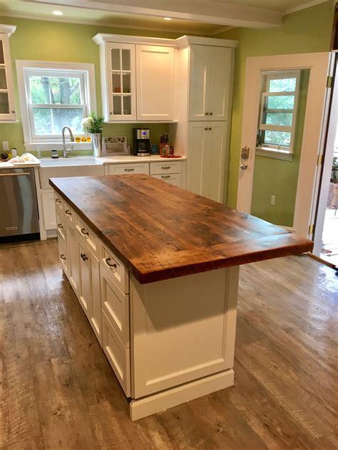 Wooden kitchen islands Image