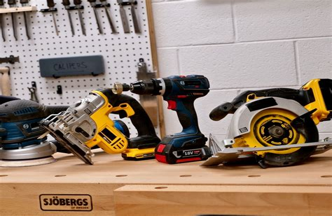 Woodshop equipment Image