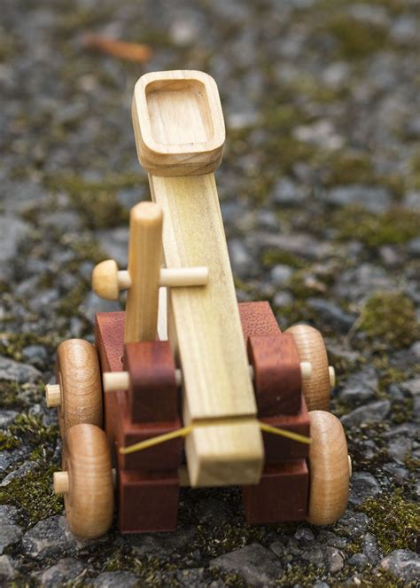 Woodwork projects for children Image