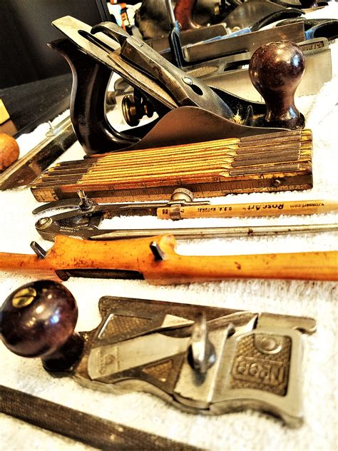 Woodworking hand tools for beginners Image