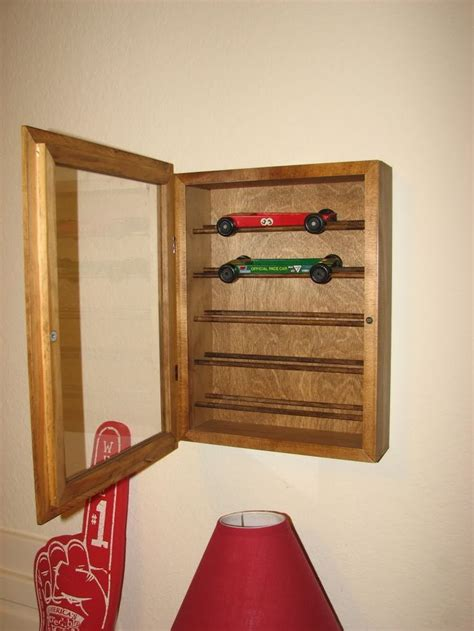 Woodworking plans display case Image