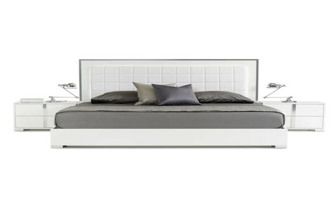 Xan Panel 4 Piece Bedroom Set